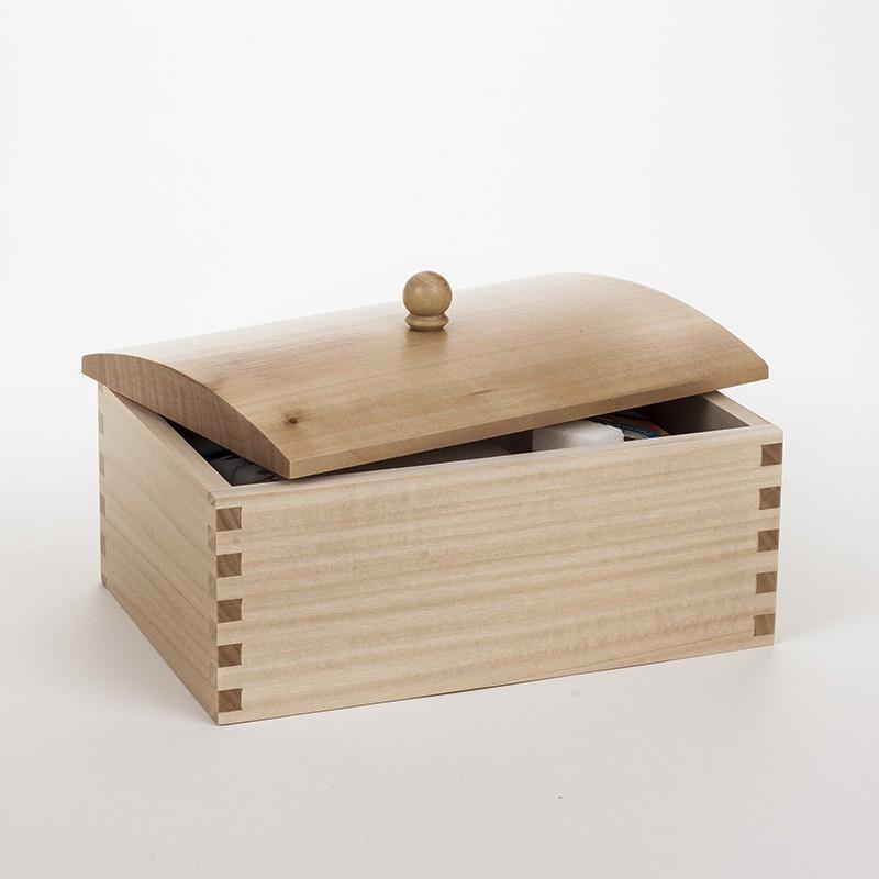 bo te sucre en bois massif aux lignes fluides et r tro chic fabrication fran aise dans notre. Black Bedroom Furniture Sets. Home Design Ideas