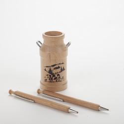 Lot bidon à lait, stylo et porte-mine en bois