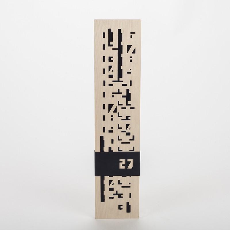 Calendrier perpétuel design en bois